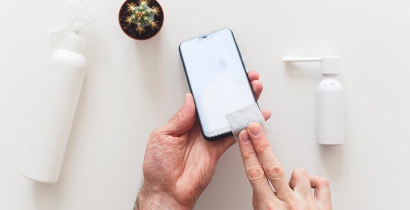 Cum iti cureti si dezinfectezi telefonul sau accesoriile tale?